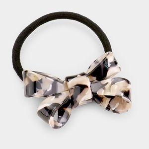 Acrylic Black and Cream Bow Stretch Hair Band